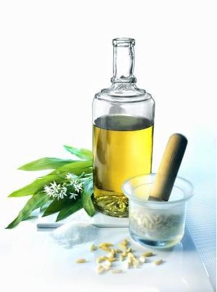GARLIC OIL - Rakesh Sandal Industries